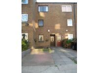 A single room on first floor in house with rear garden, bills inc.