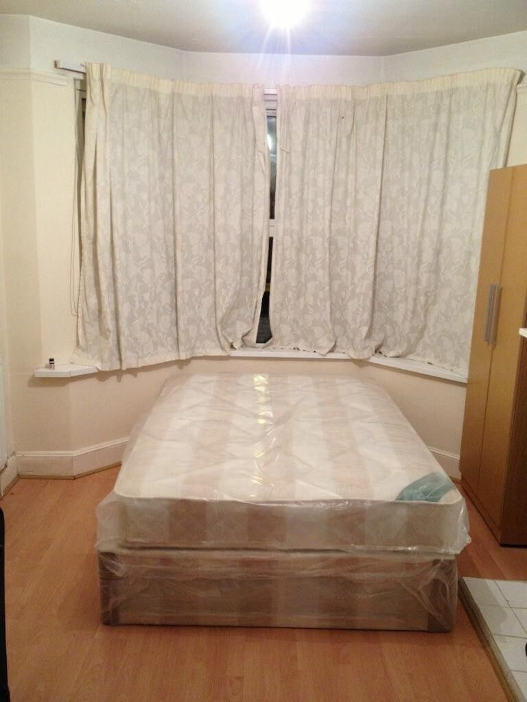 3 4 Bedroom House to rent High Town Road LU2 LUTON