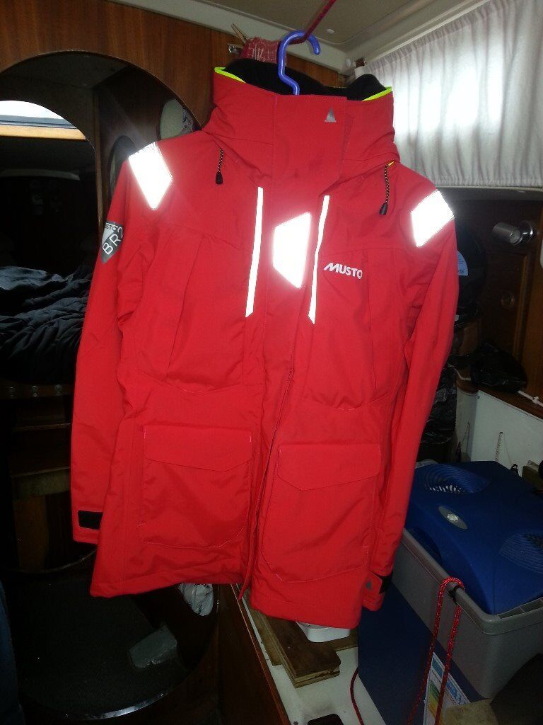 MUSTO WOMANS BR2 SIZE 10 SAILING JACKET