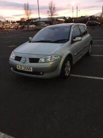 Renault megane 2004 1.4 petrol low milage long mot!!!