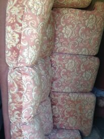2-3 seater fabric sofa, floral pattern good conditon MAKE ME OFFER