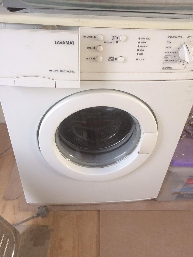 Washing machine freestanding
