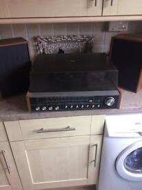 Retro 70s radio/turntable and speakers