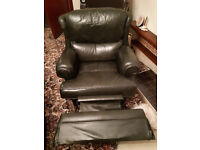 3 Seater + 1 + 1 (1 seat being a full recliner) - Dark Green - Real Le