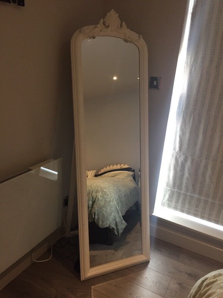 Full Length White Wooden Free Standing Mirror 50 Very Good Condition