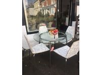 ROUND TABLE AND 4 CHAIR SET SPACESAVER DESIGN LOVELY CONDITION WOW