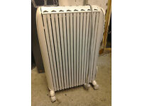 2kW DeLonghi Electric Oil Heating Radiator RRP£85