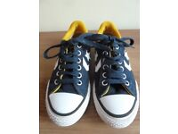 Childrens kids Converse All Star Navy Shoes Size 11½ As new condition