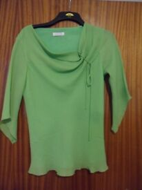 3/4 tapered sleeve blouse