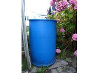 Storage barrel with lid. 220 litres.