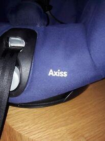 Maxi Cosi 90 degree Swivel Car Seat in blue