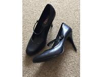 Jones shoes