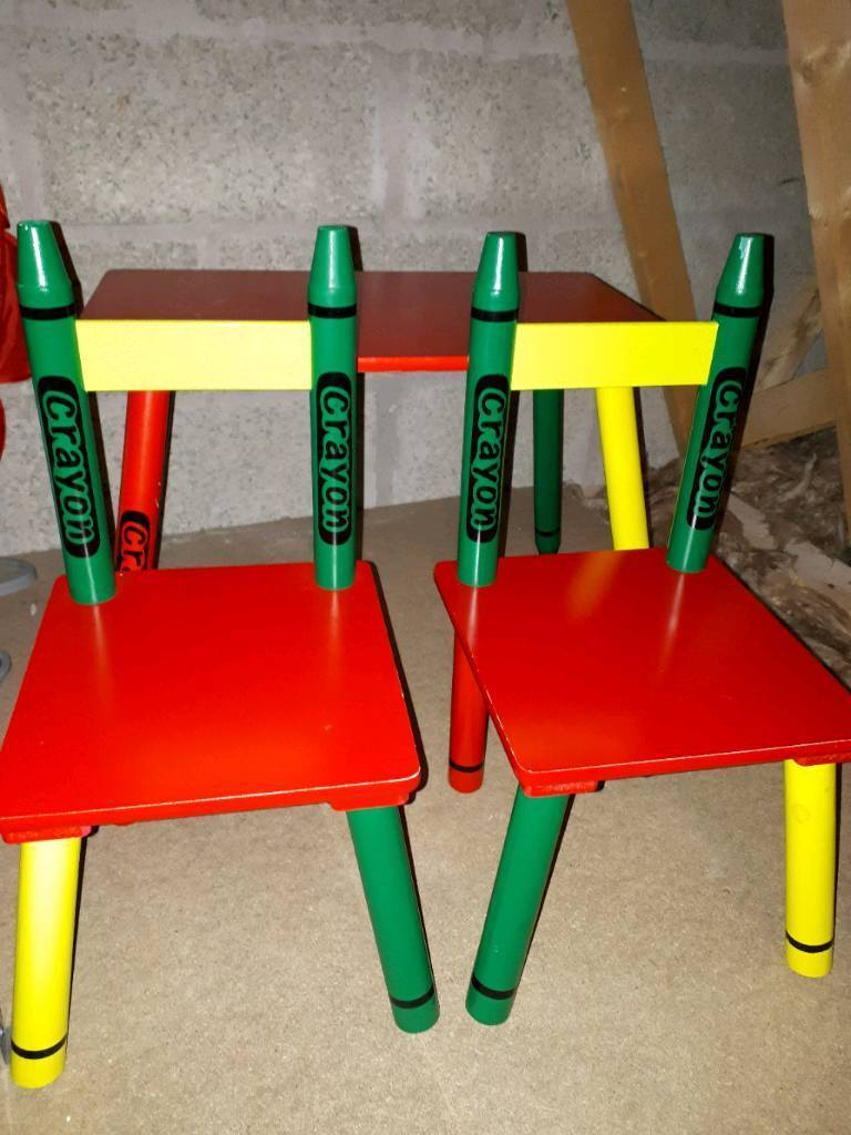 Children's desk and chairs