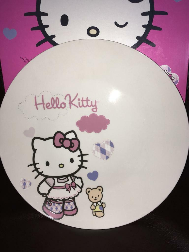 New large Hello kitty plate £5
