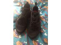 Real Nike Huaraches Black size 6