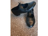 Kids Black Tap Shoes size 13