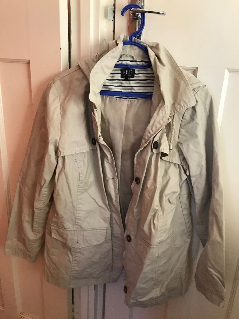 Ladies M&S collection coat with hood, size 14in Croydon, London - M&S Collection ladies coat, size 14. Hood with drawstring, two outside pockets, zip and button up fastening