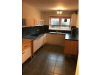 Unfurnished - 3 Bedroom Flat To Let - Kimberley Street, Clydebank, G81 4QS