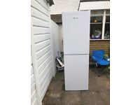 Hotpoint LJL85N1W Freestanding Fridge Freezer White