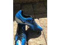 Football boots. Nike T90, exc conf, Size 5 boys or girls