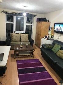Room with garden north wembley **£750**