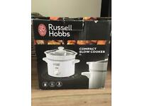 Russell Hobbs Compact Slow Cooker 2L
