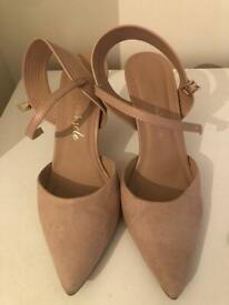 Pre-loved Nude heels UK size 5/ Eur 38