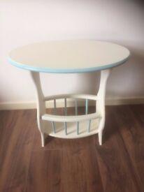"Oval magazine table. Cream & Blue, ""shabby chic"""
