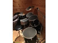 Peavey drum kit with silencers