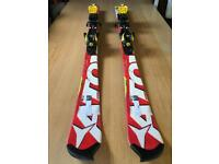 Atomic Redster Junior racing skis SL130 with bindings