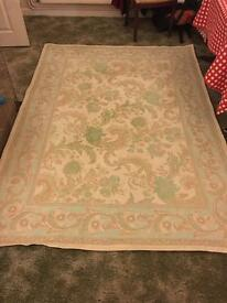 Laura Ashley rug excellent condition