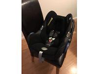 2 Maxi Cosi _ Cabrio Baby Car Seats + Maxi Cosi Isofix