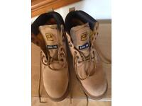 Cat boots size 9