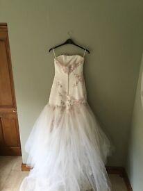 Beautiful Benjamin Roberts Wedding Dress