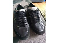 Boss trainers size 9