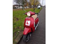 Lexmoto Vienna 2016 125cc Scooter 477 Miles ONLY Vespa Piaggio *MASSIVE SAVING FROM £1799 NEW PRICE