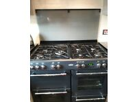 Belling Farmhouse Range 7 Burner Stove and Extract Fan