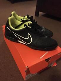 Nike mercurial vortex football