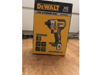 18V DeWalt Impact driver Brushless Bare unit DCF886N