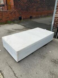 Single divan base