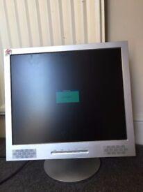 "Computer LCD TFT Monitor Screen 19"" Colour Display MA-982KC"
