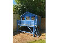 CHILDREN'S 7 ft x 8 ft OUTSIDE PLAYHOUSE/TREEHOUSE