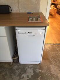 Hotpoint Slim line dishwasher