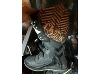 Motocross boots like new