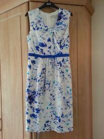 Size 12 Fenn Wright Manson silk dress in blue and white