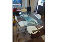🎅 as new glass Table and 4 chairs