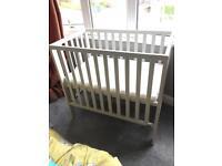 Baby cot crib bed