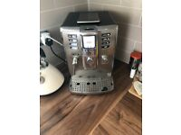 Gaggia Accademia bean grinding coffee machine, with cappuccino milk carrafe