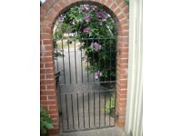 2 Metal garden gates (free of charge).