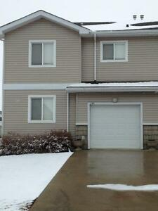 L101, 8640-103 Ave Furnished 2 Bed 2 Bath Townhouse Avail MAY 1